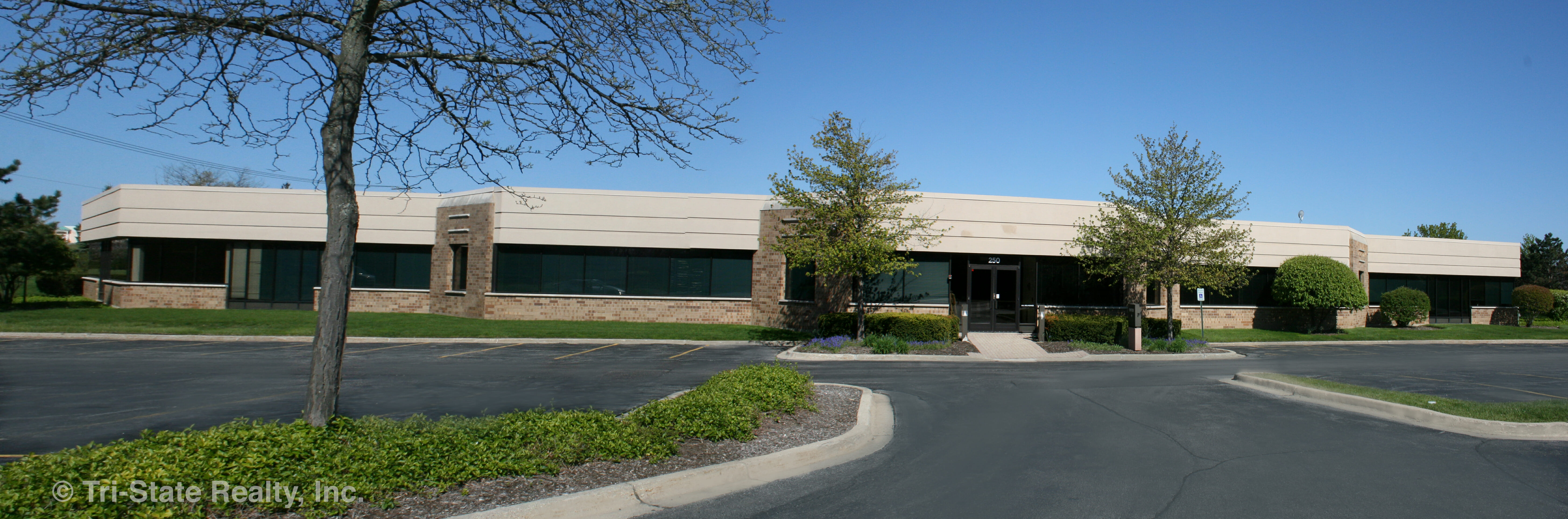 1375 Tri State Parkway, Suite 100, Crown Corporate Center